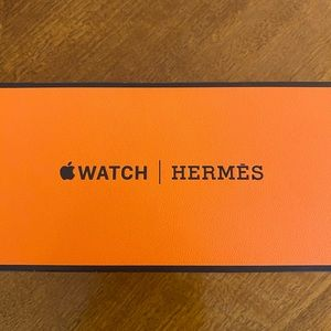 Hermes Accessories - Hermès Apple Watch series 4